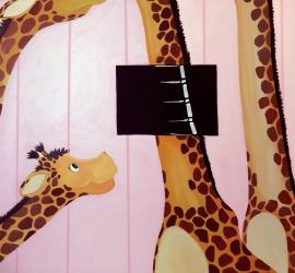 X-Ray Giraffe Neck